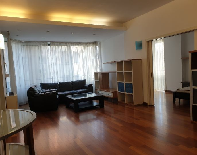 Spacious apartment near the Arc de Triomphe! | CP890761